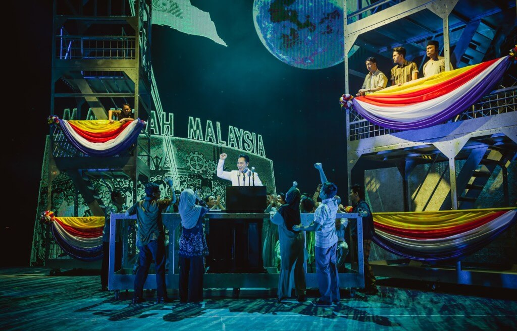 Scenes from Singapura The Musical (credit to Singapura The Musical) (2)